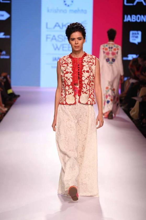 bridal inspiration - mehendi krishna mehta