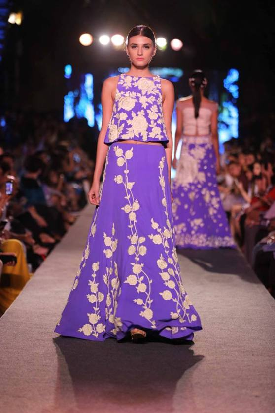 bridal inspiration - mehendi manish malhotra