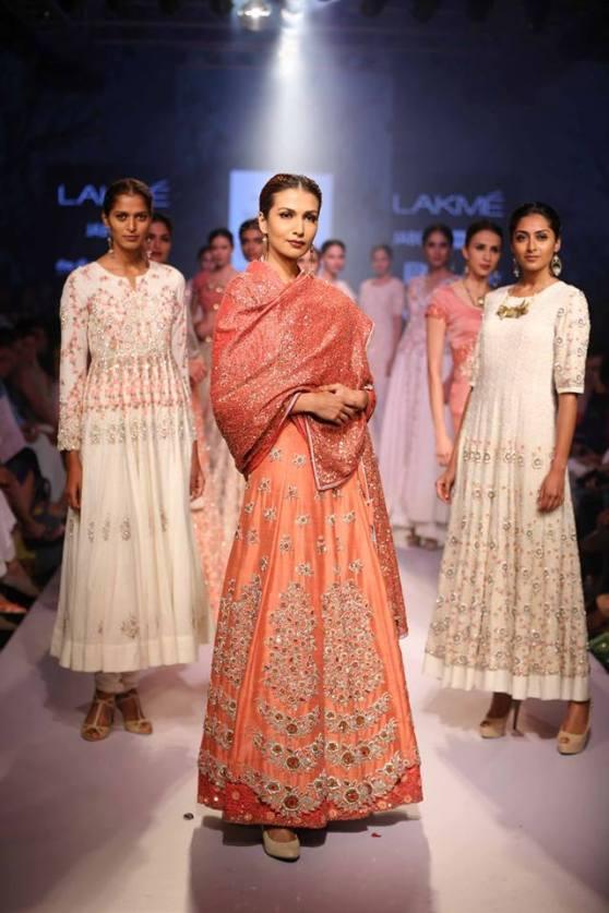 bridal inspiration - sangeet soumitra