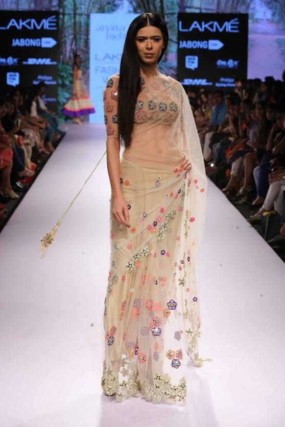 bridal inspiration sister - sangeet arpita mehta