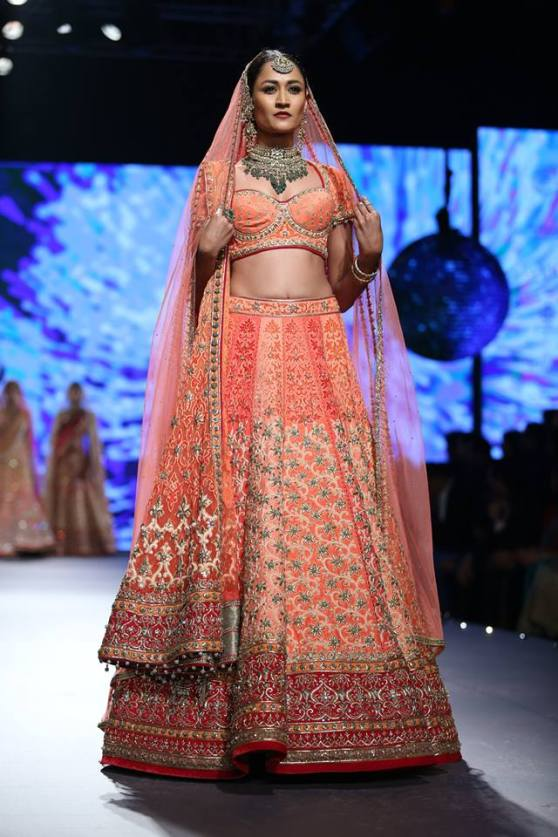 Traditional-Peach-Bridal-Lehenga-TarunTah