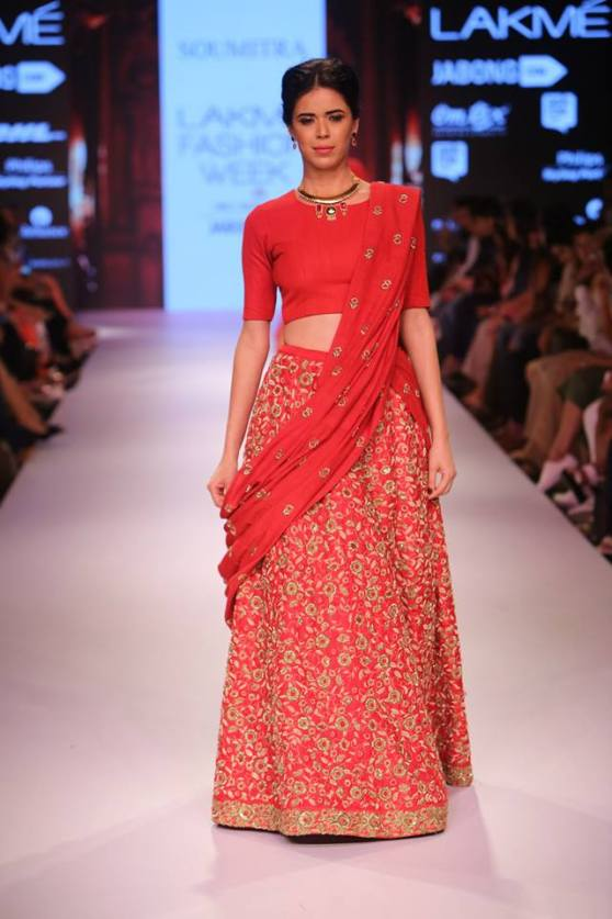 Traditional-Red-Bridal-Lehenga-Soumitra